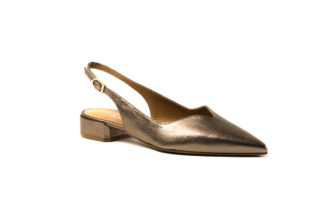 Pumps in shiny bronze mit Riemen von MdF.