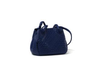 Lederhandtasche in blau mit Zip.