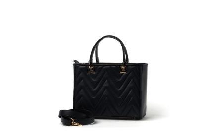 Klassische Handtasche in gestepptem Leder mit zusätzlichem Riemen in schwarz.