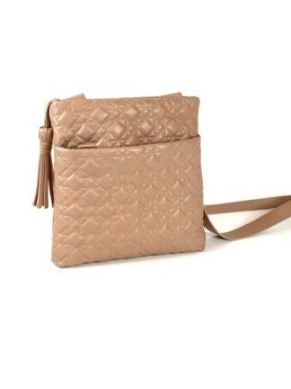 Tasche zum diagonal Tragen in Nappastepp nude.