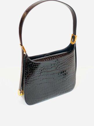Tasche mit verstellbarem Riemen und Mittelunterteilung in Krokoprägung braun, 27x20 cm.