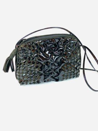 Abendtasche in Velour/Lacks in schwarz, 25x19 cm.