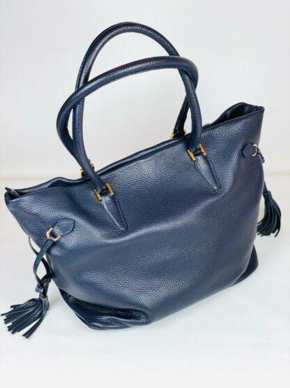 Shopper in genarbtem Rindleder blau aus eigener produktion, 40x28cm.
